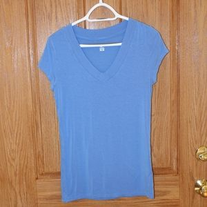 Mossimo baby blue tee shirt